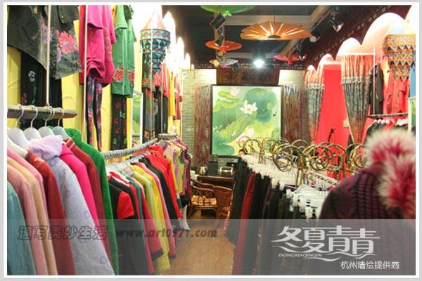 延安路木棉道服装店主题墙绘
